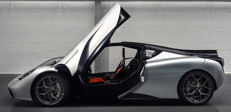 gordon-murray-automotive-t.50-doors-open