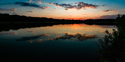 sunset sky clouds water pond reflections pentax pentaxkp outdoors outside oakpointpark plano texas landscape panorama skyscape waterscape