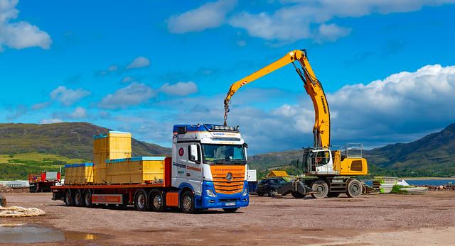 Nae Forklift Nae Problem.... Liebherr LH50