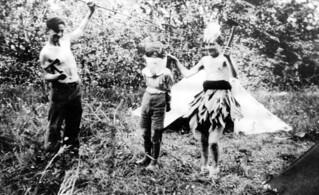 """Danse du scalp chez les """"Iroquois du faubourg"""""""