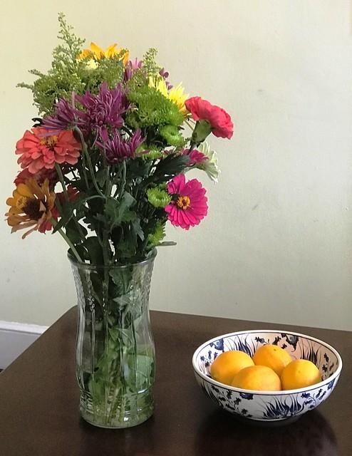 flowers lemons bowl