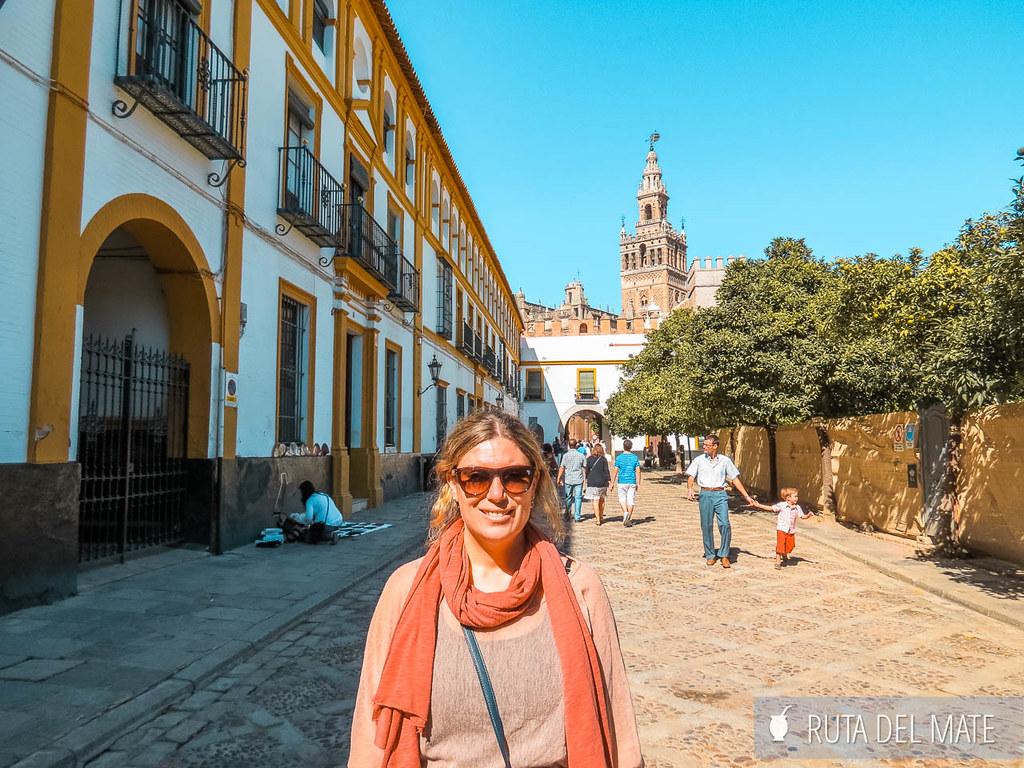 Patio de las Banderas, uno de los lugares que ver en Sevilla