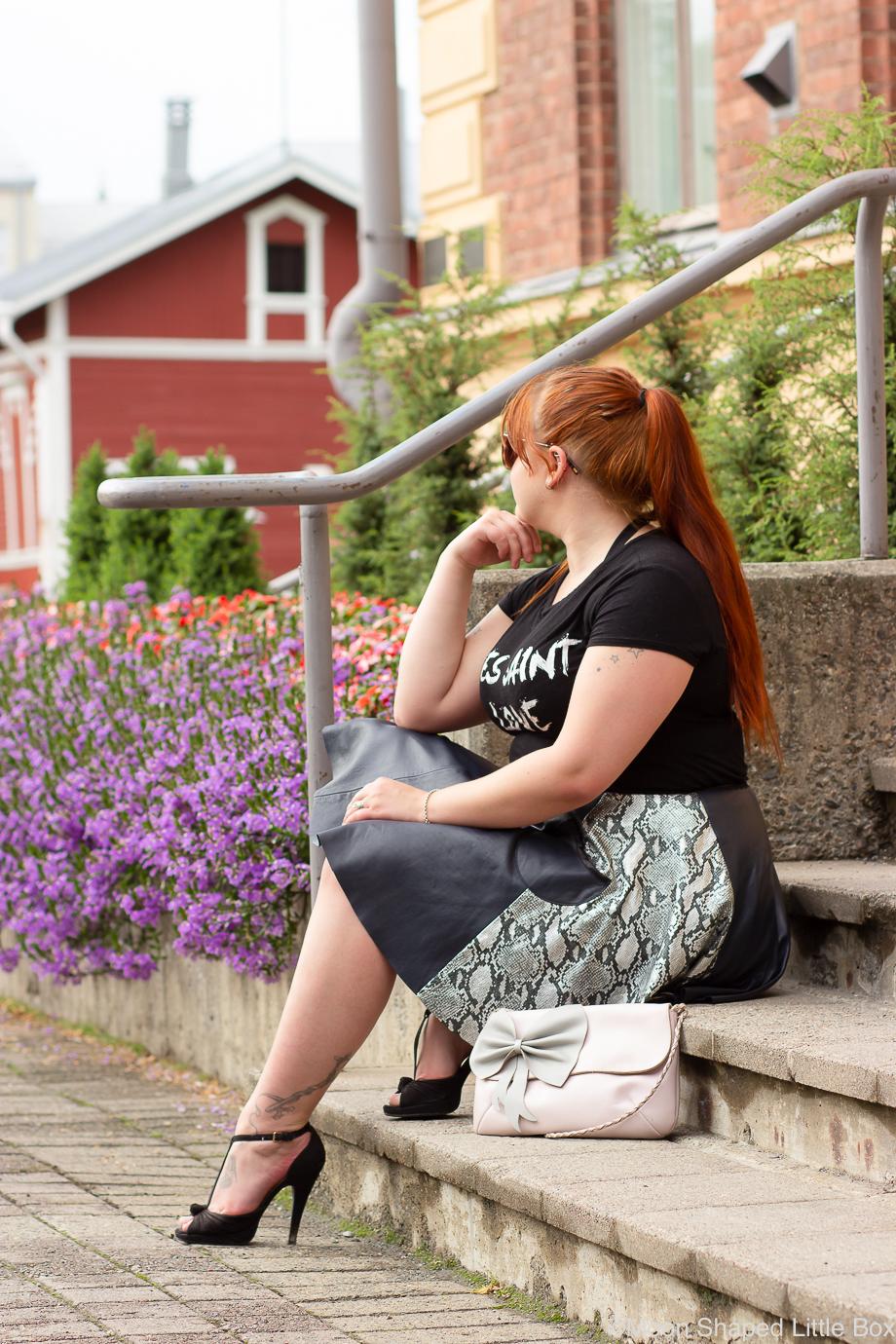 Taidemuseon-portailla-Joensuu