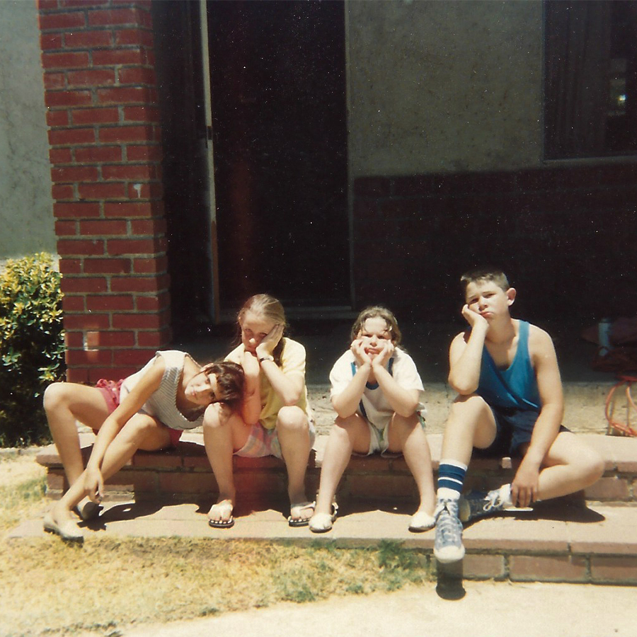 summer-of-1988-kids-on-the-porch