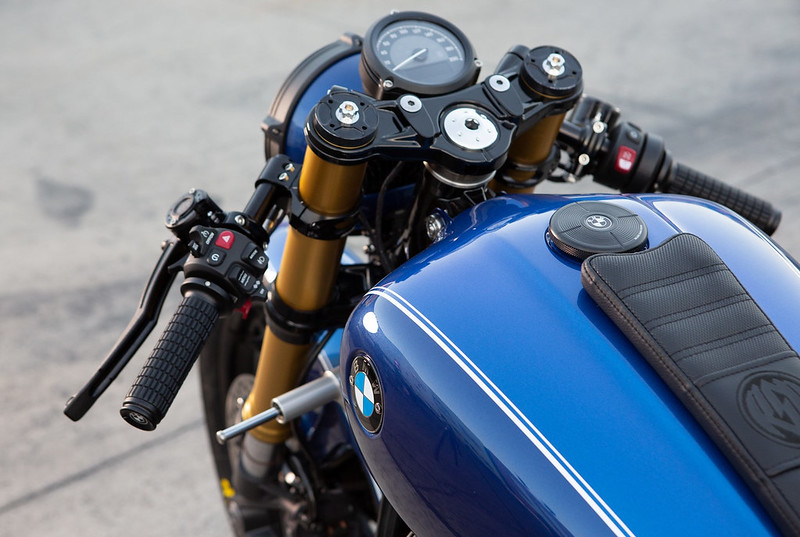 BMW-Motorrad-R-18-Dragster-Concept-6