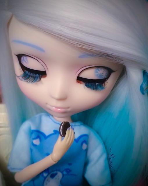 Yuki (Pullip Snow Miku)'s transformation, pt. 5: Eyes!