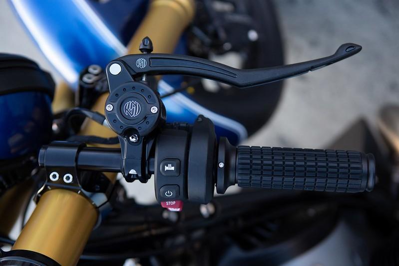 BMW-Motorrad-R-18-Dragster-Concept-13