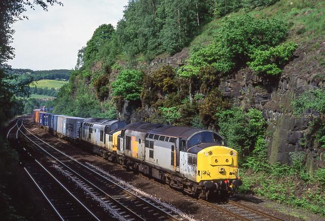 37344+37131 In Ambergate Cutting. 08/06/1996.