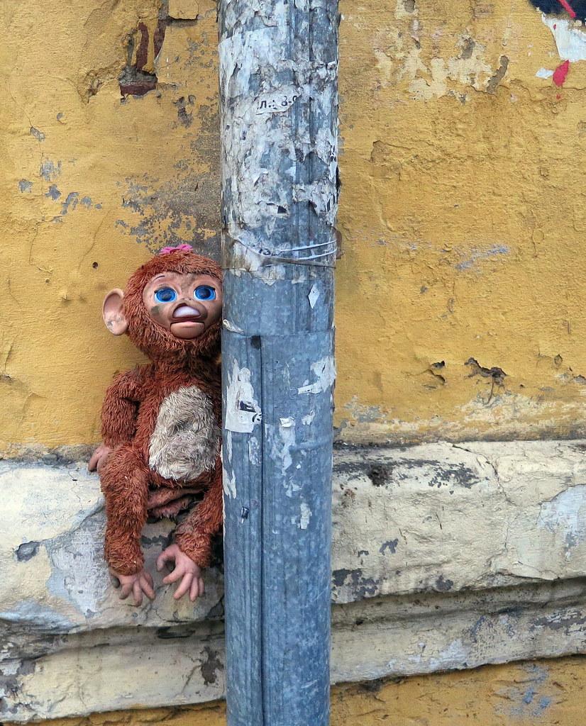 Зыбытые игрушки. Обезьянка. Forgotten toys. Monkey
