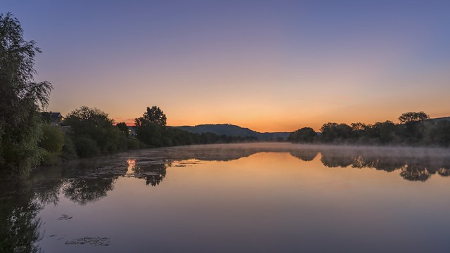 *Dawn on the Middle Moselle*