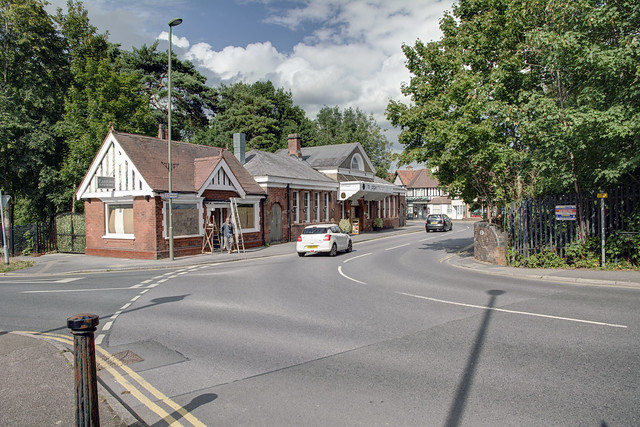 Station Approach, Tadworth, August 2020
