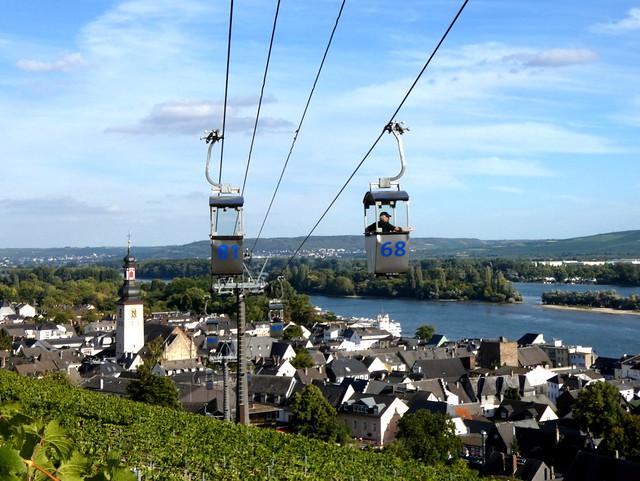 cable car over Rüdesheim