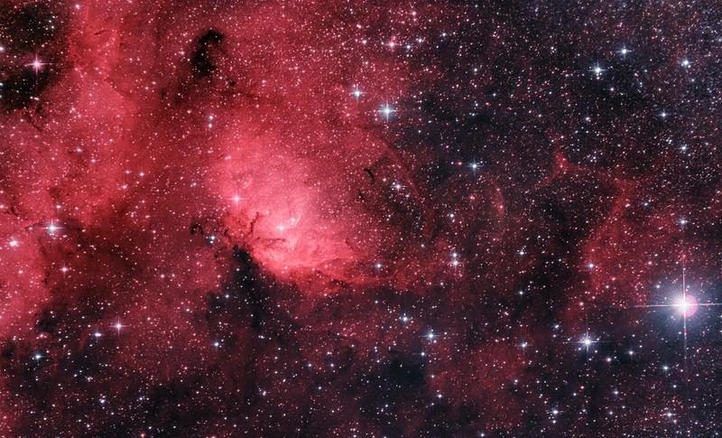 Sh2-101 Tulipán-köd és Cygnus X-1 fekete lyuk - Ágoston Zsolt - VCSE - normál színes változat