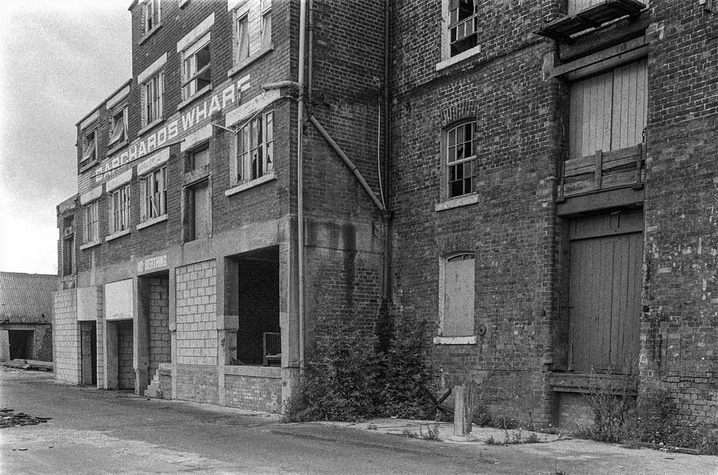 Barchard's Wharf, Bankside, Hull, 1987 87-8b-44a-positive_2400
