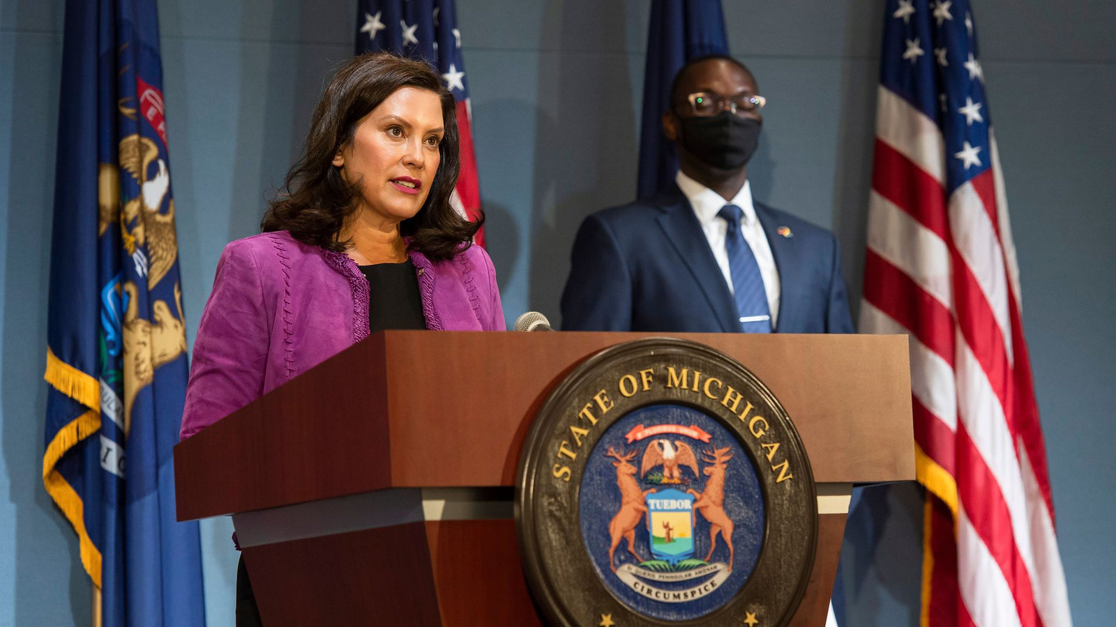 Governor Whitmer Reacts to Successful COVID-19 Vaccine Analysis