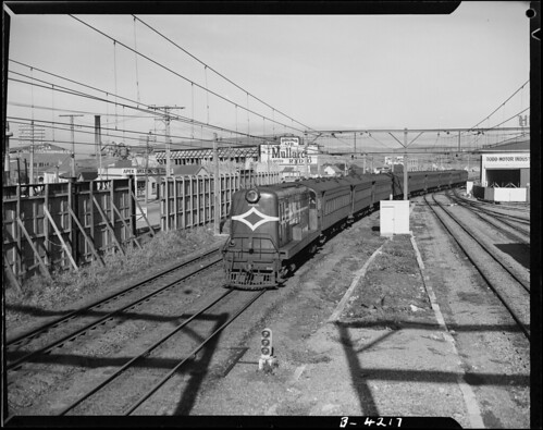 <p>On August 24 1953 NZ Railways photographer J.F. Le Cren took this image of a diesel train approaching Petone station on its way from Wellington.<br /> <br /> Archives New Zealand Reference: AAVK 6390 W3490 180 B4217<br /> <br /> Material from Archives New Zealand Te Rua Mahara o te Kāwanatanga</p>