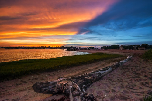 clinton clintontownbeach connecticut hdr nikon nikond5300 outdoor beach blue clouds driftwood evening geotagged ocean orange sand seascape seashore shore sky sunset water