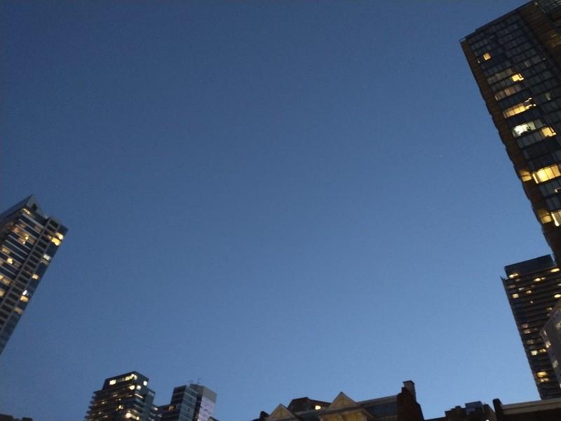 Calm twilight blue caught between towers #toronto #yonge #twilight #blue #sky #dlws