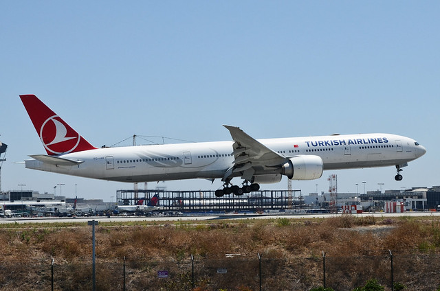 Turkish Airlines 777-3F2(ER) (TC-JJU) LAX Approach 4