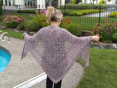 Rita finished a Test Knit for the Nectar Shawl by Paula Wisniewska from Polka Knits. Pattern to be published August 10th!