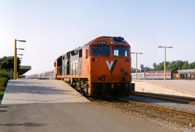 N Class on Platform 1