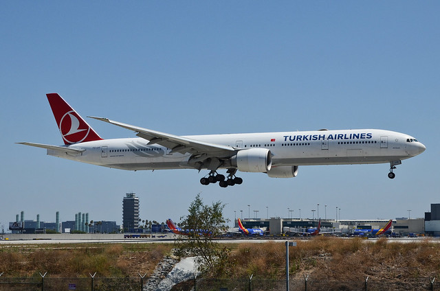 Turkish Airlines 777-3F2(ER) (TC-JJU) LAX Approach 2