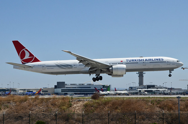 Turkish Airlines 777-3F2(ER) (TC-JJU) LAX Approach 3