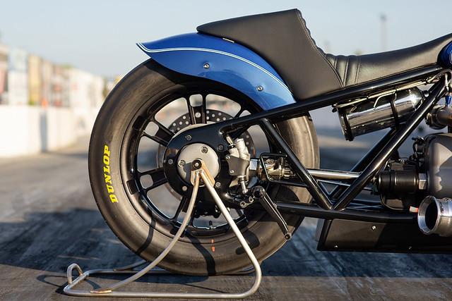 BMW-Motorrad-R-18-Dragster-Concept-24