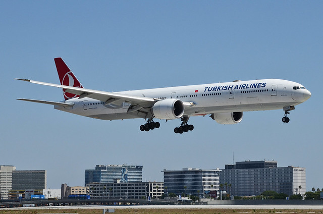 Turkish Airlines 777-3F2(ER) (TC-JJU) LAX Approach 1
