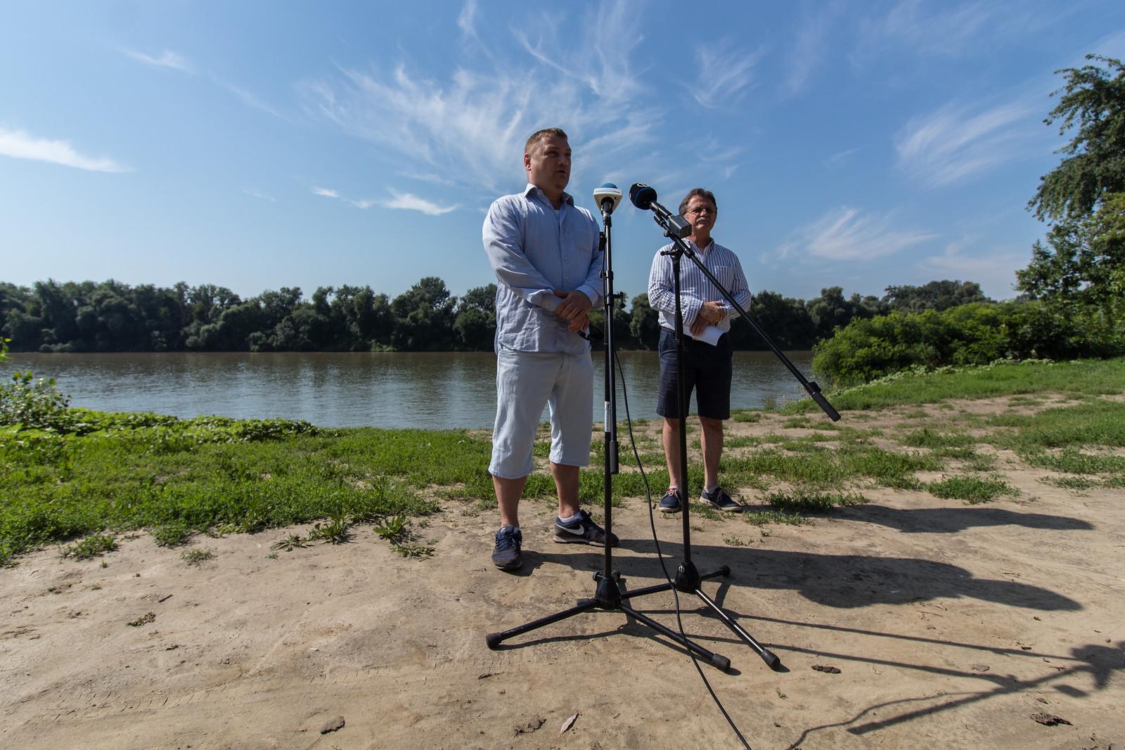 Haág Zalán szerint a helyi baloldalnak a szegedi szabadstrandokkal kellene foglalkoznia, nem a Balatonnal