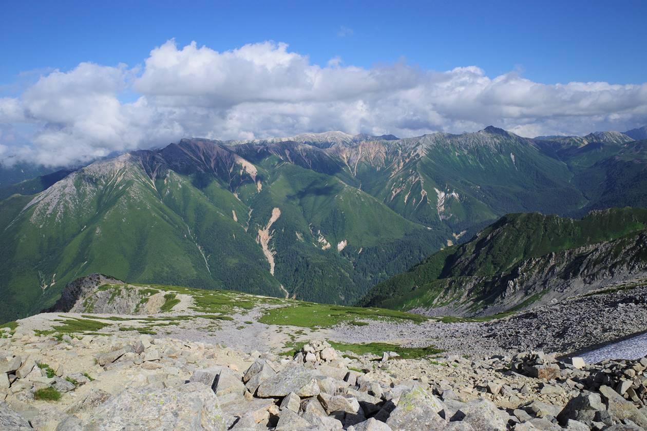 薬師岳から眺める赤牛岳~野口五郎岳