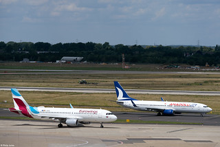 AnadoluJet Boeing 737-8F2 und Eurowings Airbus A320-214 I [DE] Düsseldorf I 21.06.2020