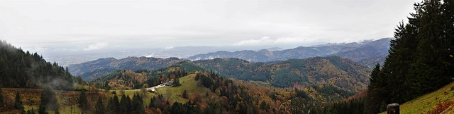 Panoramblick auf den Schwarzwald - Panoramic view of the Black Forest
