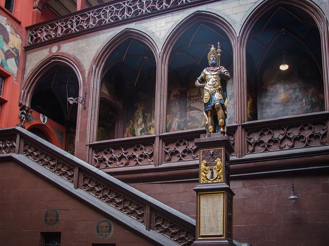 Hôtel de ville #2 - Le faux-fondateur de la ville / Rathaus #2 - Der falsche Gründer der Stadt