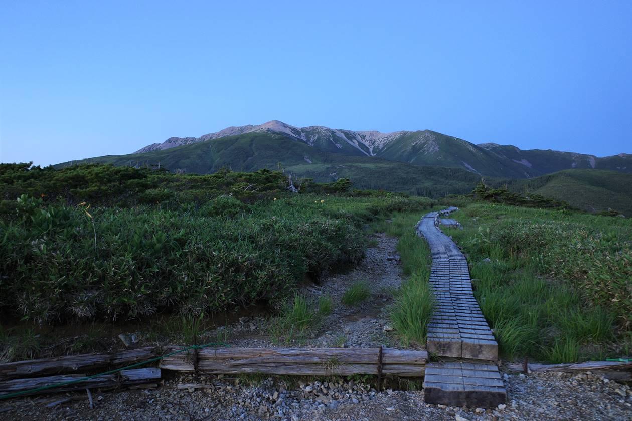 太郎平小屋から眺める薬師岳