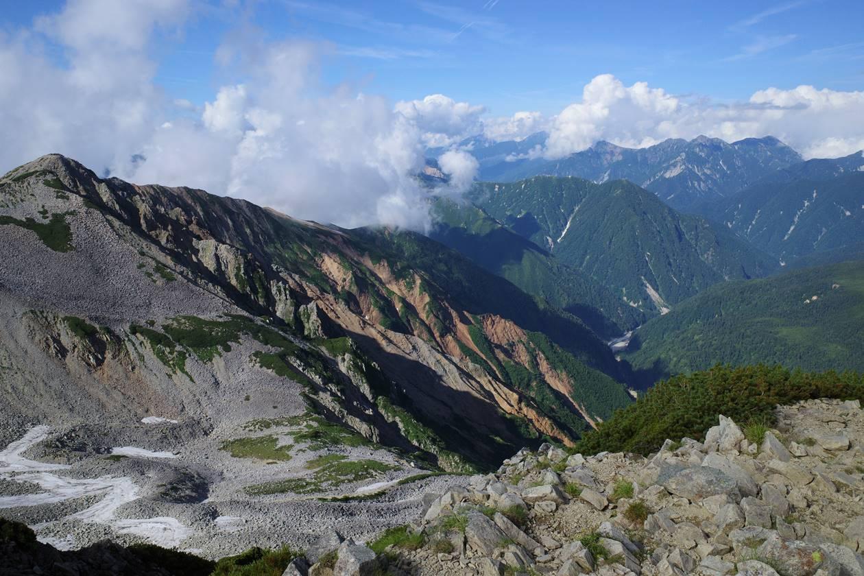 薬師岳から眺める後立山連峰