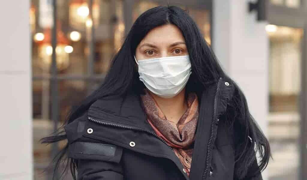 un-masque-de-titanate-pour-éliminer-les-agents-pathogènes