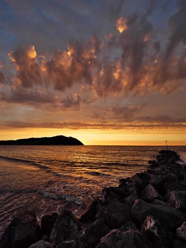 minehead sunset crepuscular rays beach sea