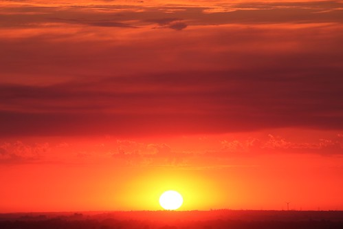 royston sunset therfieldheath hertfordshire unitedkingdom evening sky clouds sun orange red england uk canoneos750d explored