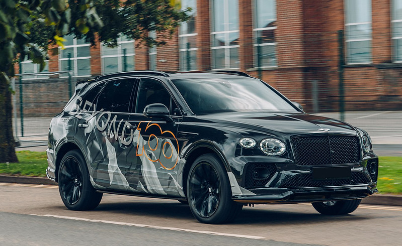 2021-Bentley-Bentayga-Speed-1