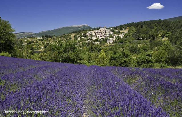 le charmant village d' Aurel