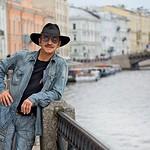 Михаил Боярский и его шляпа: сколько зарабатывают и как живут?