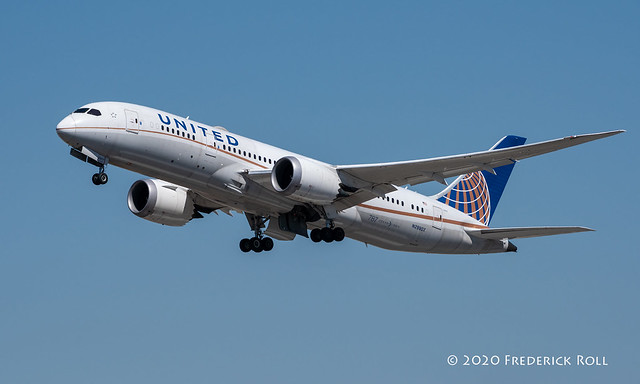 United B787 ~ N29907