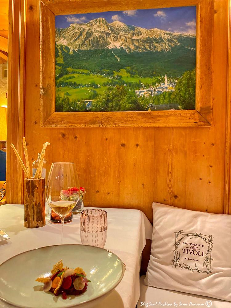 A riqueza dos detalhes do restaurante Tivoli Cortina. Ambiente refinado e comida excelente