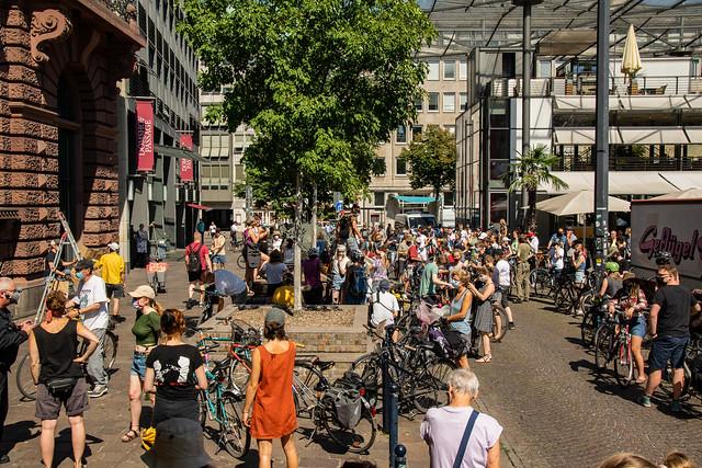 Aufstand mit Abstand Bremen