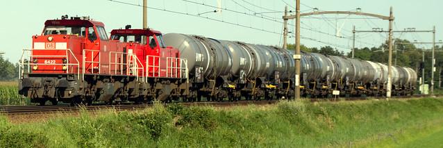 DB Cargo Nederland 6422 + 6455