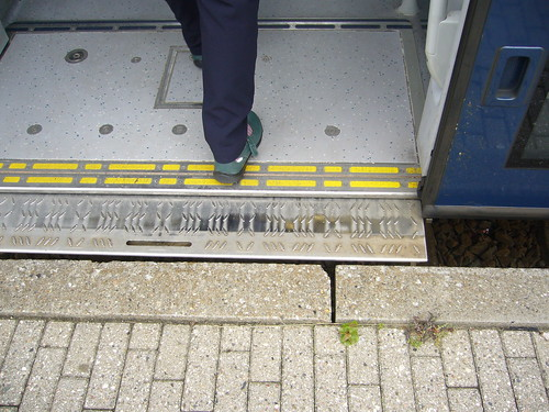 Hornbaekbanen low floor level access roll-on-roll-off 4 - RH P1140191 Lokaltog Alsthom LINT 41 door and step