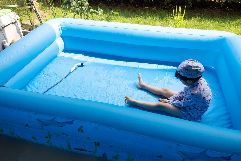 family_pool-16
