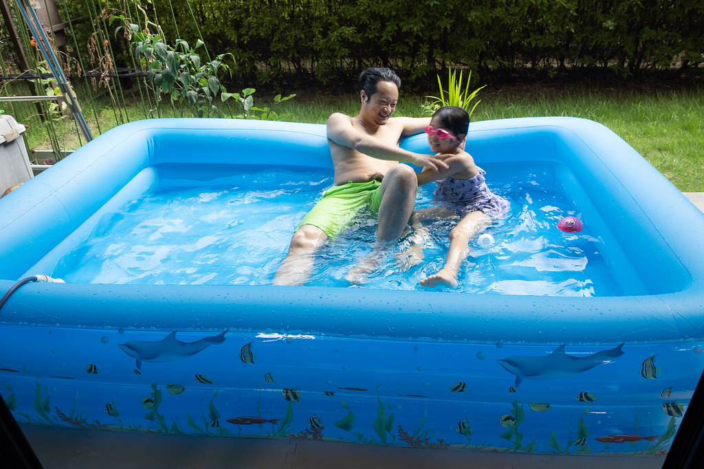 family_pool-21