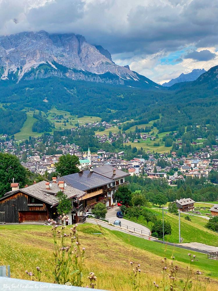 Cortina D'amepzzo a pérola da região Dolomitas!